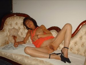Lallie domina escort in Eching